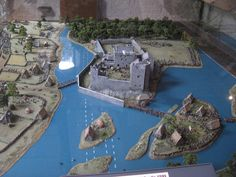 Model of Cahir Castle.JPG (1260×945)