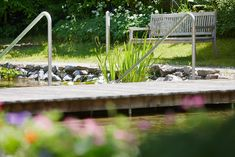 Der 300 m² große Badesee inmitten der großzügigen Gartenanlage mit Liegewiesen, bringt Ihnen Erholung und Entspannung in freier Natur. Kids, Formal Gardens, Summer Vacations, Recovery, Places, Nature, Young Children, Boys, Children