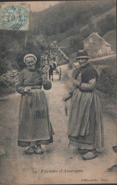 Fileuses d´Auvergne - 1906