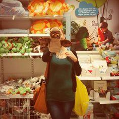 Owl puppet at IKEA :D
