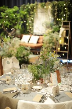 Tips For Putting Together A Successful Wedding Day – Alison Peebles Wedding Images, Wedding Themes, Wedding Designs, Green Wedding, Wedding Flowers, Wedding Table, Wedding Day, Wedding Arrangements, Pretty Lights