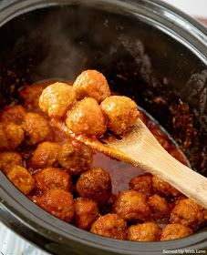 Crock Pot Meatball Subs recipe from Served Up With Love Meatball Sub Recipe, Meatball Subs, Sub Rolls, Crock Pot Meatballs, Weeknight Meals, Crockpot Recipes, Cooking, Ethnic Recipes, Food