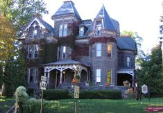 There is of course a different side to the gothic home—giant gothic houses. Description from ferrebeekeeper.wordpress.com. I searched for this on bing.com/images
