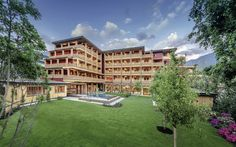 Wellnesshotel Malis Garten Thurn Und Taxis, Spa, Mansions, House Styles, Home Decor, Atrium House, Building Systems, Green Architecture, Fire Safety