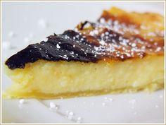 A tarte de nata têm várias receitas e muito diferentes entre si, para além de haver a tarte de nata e a tarte pastel de nata. Chama-se a est...