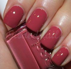 Essie: Raspberry Red