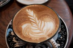 Me and my daring pop strolled through Philadelphia waiting for my brother to finish his jazz class. We stopped at a wondrous coffee house, La Colombe. To all you coffee lovers, the cappuccino are to die for at this enchanting establishment.     (Song of Choice:   Landon Pigg- Falling In Love At A Coffee Shop)