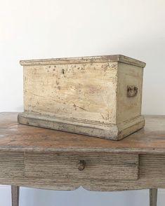 How To Antique Wood, Decorative Boxes, Antiques, Home Decor, Antiquities, Antique, Decoration Home, Room Decor, Home Interior Design