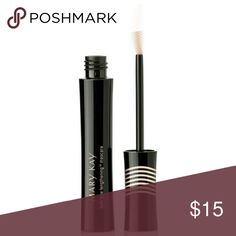 MK Lash Love? Lengthening Mascara: I ? black Long, strong, seriously separated lashes. What?s not to love?  Creates bold, instantly intensified length of lashes. Lifts, curls and perfectly separates lashes. Conditions and strengthens lashes. Nonclumping, flake-free formula wears all day for over 10 hours. Mary Kay Makeup Mascara
