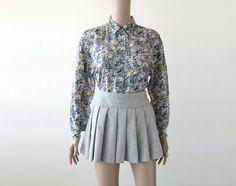 Floral silk blouse shirt 90s grunge, and stylish again this spring - paitapusero kukkakuviollinen silkkiä napit