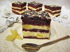 Prajitura cu crema de mascarpone si ananas, este o prăjitură foarte gustoasă, cu blaturi insiropate si crema cu bucati de ananas prin ea. Dessert Recipes, Desserts, Tiramisu, Caramel, Sweets, Cooking, Ethnic Recipes, Food, Cakes