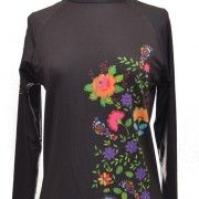 Super cute performance long sleeve shirt for the fashionable runner gal!