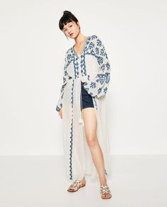 c8d088bbb09 9 Best E M B R O I D E R Y images | Embroidery, Zara women, Blouses