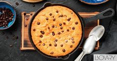Griddle Pan, Bakery, Cookies, Crack Crackers, Grill Pan, Biscuits, Cookie Recipes, Cookie, Biscuit