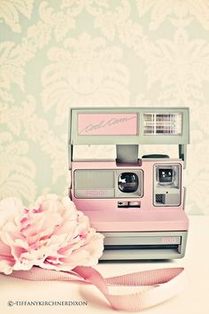 Seriously. I need this. Vintage Pink Polaroid Camera