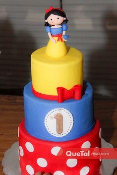 Cumplió un año | Quetal Virtual #pastel #1año #blancanieves #fiesta