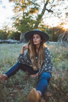 Bohemian blouse sale Fairtrade vegan fashion handmade and printed Bohemian Blouses, Bohemian Dresses, Vegan Fashion, Fair Trade, Cowboy Hats, Thrifting, Hipster, Printed, Clothing