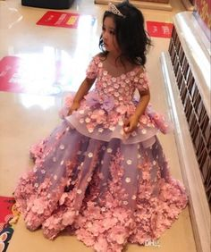 Amazing Lace Ball Gown Girls Pageant Dresses With Short Sleeves Peplum Toddler  Flower Girl Dress 3d 9a1cea0fc806
