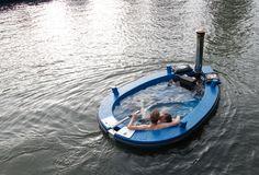 3-Hot-Tug-boat