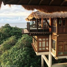 Come for a week or two, and you'll want to stay forever in spirit. : @ bookieph.  #Shangrilahotels #Shangrilaboracay #Shangrila #Boracay #treehouse #villa #paradise #getaway #bestvacations #welltravelled #photooftheday
