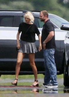 Taylor Swift junio 2016❤