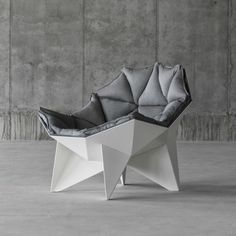 the Q1 lounge chair by ODESD2