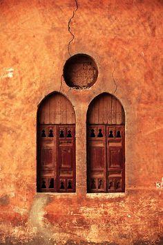 شبابيك by wafaa samir, via Behance    Egypt ...Angosciante!