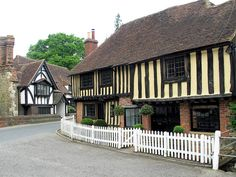 Some beautiful half timbered cottages in the centre of the village of Ightham, Kent, England. Dover Castle, White Cliffs Of Dover, Leeds Castle, Canterbury Cathedral, English Countryside, Old Buildings, Great Britain, United Kingdom, Building A House