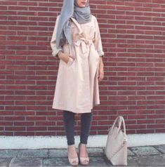 How to wear trench coat with hijab – Just Trendy Girls
