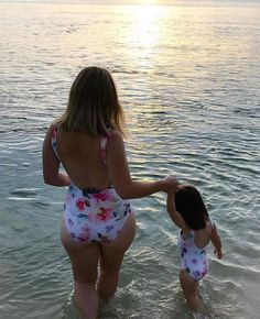 Red Family Matching Swimwear Mother Girls Bikini Jumpsuit Father Boys Trunks Shorts Summer Beachwear Parents-kids Swimsuit Distinctive For Its Traditional Properties Mother & Kids