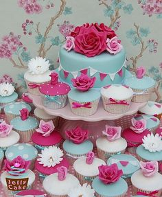 Turquoise and Fuchsia Cupcakes by JellyCake, Wedding Cakes in Wiltshire : The Bridal File Cupcakes Design, Cake Designs, Floral Cupcakes, Pink Cupcakes, Cupcake Tower Wedding, Wedding Cupcakes, Cupcake Towers, Wedding Cake, Cake Pops