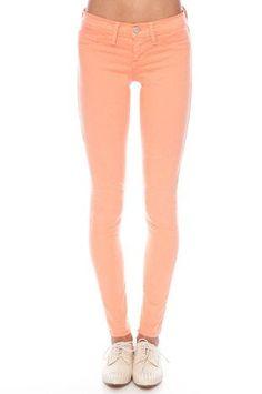 Angesagt! SOMMERSTIMMUNG... verbreiten diese Skinny Jeans in Lachs (Farbpassnummer 7) Kerstin Tomancok / Farb-, Typ-, Stil & Imageberatung