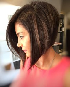 Side-parted angled bob A-line hairstyles 2018 flawlessly straight Stacked Bob Hairstyles, Short Hairstyles For Thick Hair, Asymmetrical Hairstyles, Haircut For Thick Hair, Short Hair Cuts, Pixie Cuts, Graduated Bob Haircuts, Short Pixie, Medium Hair Styles