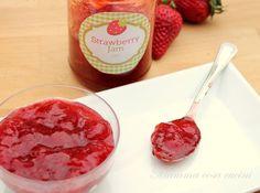 Confettura di fragole o Strawberry Jam....