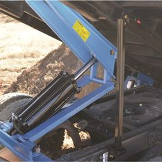Pierce Arrow Flatbed Truck Hoist Kit — 7.5-Ton Capacity, 12ft. to 14ft. Flatbed