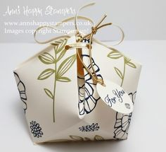 Ann's Happy Stampers: Beautiful Faceted Parcel Box, using Falling Flowers SS