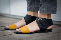 10 Sale Chloe Black Sandals Black and Yellow Leather by abramey, $190.00