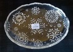 "New Crystal Oval Dish Mikasa Holiday ""Snowflake"" Design  9 1/4"""