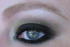 http://dizzymakeup.blogspot.com/search?updated-max=2013-05-25T00:09:00-04:00