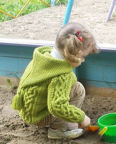 Ravelry: Designs and Zipped Jacket with Neckband or Hood pattern by Wendy Yarns Ravelry Free Knitting Patterns, Free Childrens Knitting Patterns, Baby Boy Knitting Patterns, Jumper Knitting Pattern, Knitting For Kids, Aran Jumper, Baby Pullover, Pulls, Creations