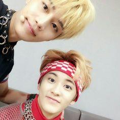 Mark Lee 마크 리 and Taeil 태일 - NCT 엔씨티 NCT 127
