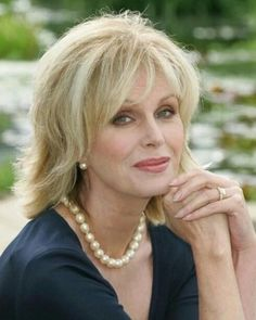 joanna lumley kuvat – Google-haku Joanna Lumley, 1 Film, Fringe Bangs, Love Everyone, Pretty Females, Corpse Bride, Jane Birkin, English Actresses, Comedians