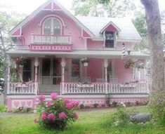 Image about pink in soft neglected rot 💗⛓🦋🏹📻🍒⚖️ by adnitor Girly, Deco Pastel, Cute House, Grandma's House, Pink Houses, Pink Aesthetic, 1970s Aesthetic, Aesthetic Pictures, My Dream Home
