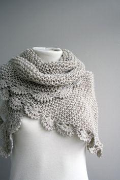 02afd4bdc058 une jolie étole Tricot Dentelle, Couture Tricot, Broderie, Echarpe Crochet,  Tricot Et