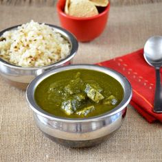 Spinach tofu curry- A healthy side dish for any kind of flat bread or plain steamed rice. With stepwise pictures.