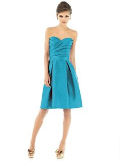 Alfred Sung Style D536 http://www.dessy.com/dresses/bridesmaid/d536/#.Uezf1uDhPWE