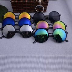 US  2.8 30% OFF Vestey Round Sunglasses Women 2019 Brand Designer Sunglases Woman  Sun Glasses Fashion Summer Gafas Feminino Gafas De Sol-in Sunglasses from  ... 00d65020d1