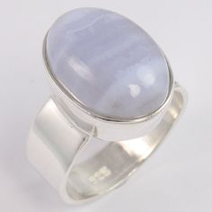 Fabulous 925 Solid Sterling Silver Ring Size US 8.5 Natural BLUE LACE AGATE Gems #Unbranded Agate Ring, Labradorite Ring, Aquamarine Jewelry, Sterling Silver Jewelry, Silver Jewellery Indian, Blue Lace Agate, Beautiful Rings, Handcrafted Jewelry, Gemstones