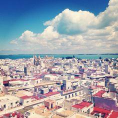 Cádiz, azoteas, mar y cielo.
