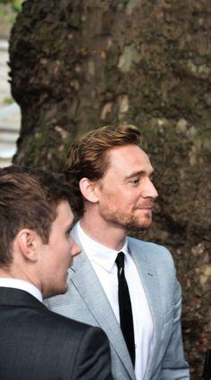 Tom Hiddleston. Looking so handsome